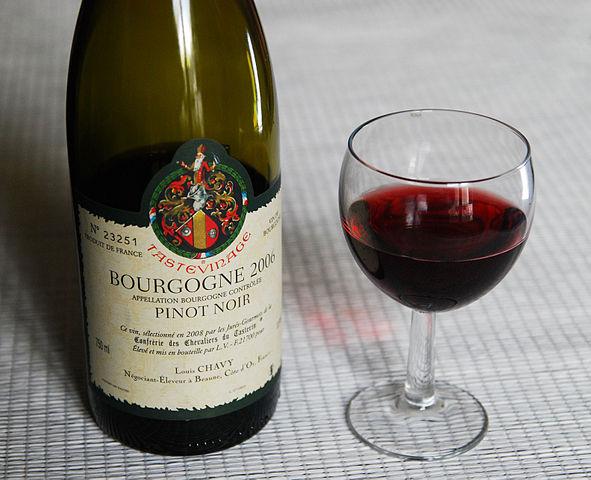 bouteille de Pinot noir