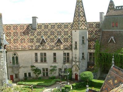 Château de la Rochepot